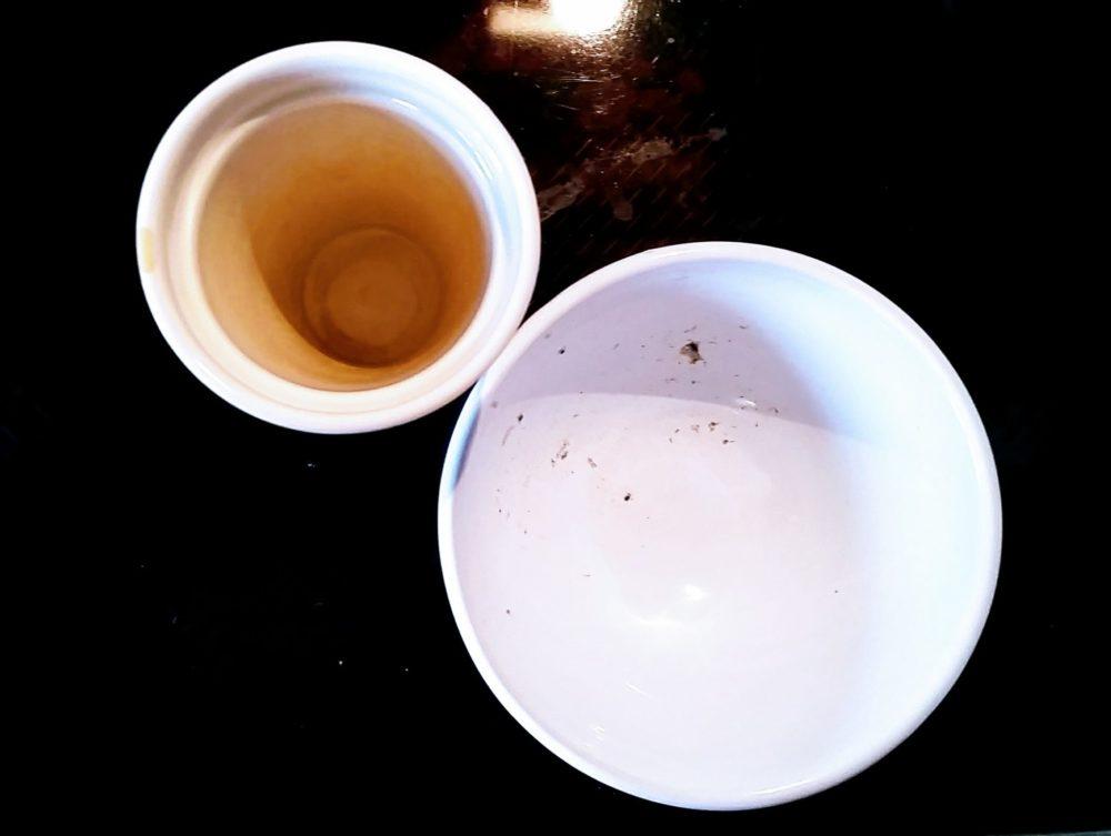 Frisch aus der Spülmaschine: Mein Geschirr, das mit Öko Spülmittel gereinigt wurde.