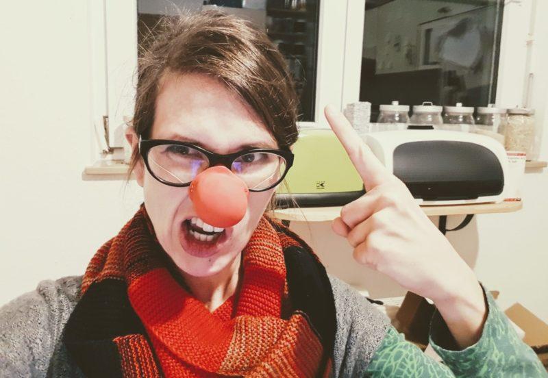Dank der Clownsnase wird der Streit bei uns nicht zur Ehekrise.